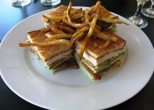 Chow Bistro - Club Sandwich