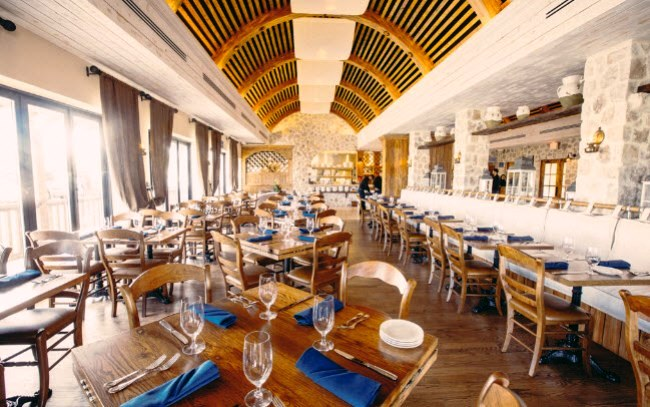 Estia Greek Taverna Makes Its Debut
