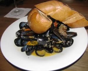 Avenue Kitchen - Mussels