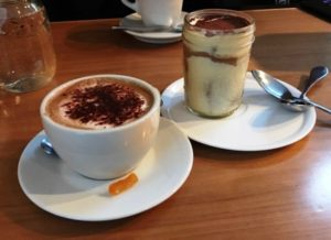 Byrsa Bistro - Tiramisu w Cappuccino