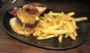 La Fava - Angus Beef Burger